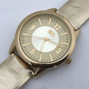 9&Co Women Watch Gold Tone Analog Wrist Watch Gold